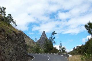Route de Cilaos île de La Réunion.