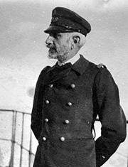 1915 L'Amiral réunionnais Lucien Lacaze nommé Ministre de La Marine