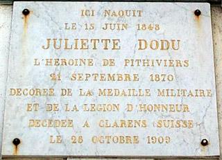 Plaque commémorative Juliette Dodu posée le 11 novembre 1924