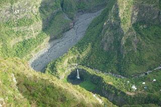 Vue sur Grand Bassin belvédère de Bois Court La Réunion.