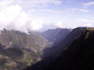 Photo Vallée de la Rivière des Remparts depuis le belvédère du Nez de Boeuf Route du Volcan.