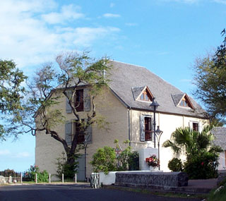 Entrepôt Kervéguen Saint-Pierre La Réunion