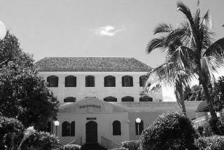 Médiathèque Raphael Barquissau à Saint-Pierre La Réunion