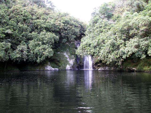 Bassin Boeuf et sa cascade Sainte-Suzanne