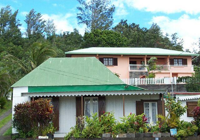 Case créole Petite île. Réunion