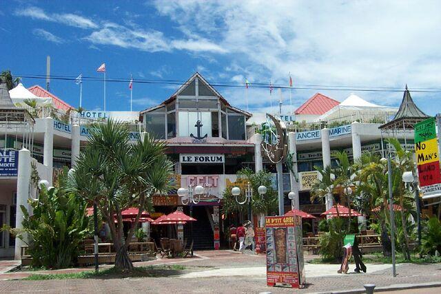 Commerces : Place commerciale Saint-Gilles-les-bains La Réunion