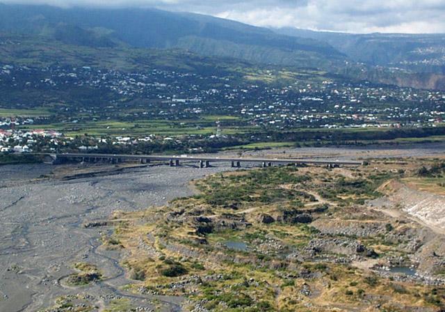 Pont Rivière Saint-Etienne Avant le cyclone Gamède