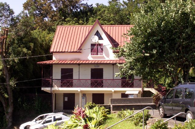 Maison Paroissiale Saint-Marc à La Montagne