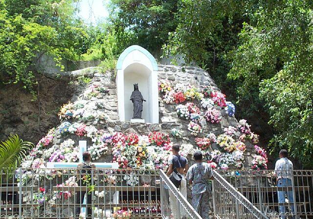église Rivière des Pluies La Vierge Noire La Réunion