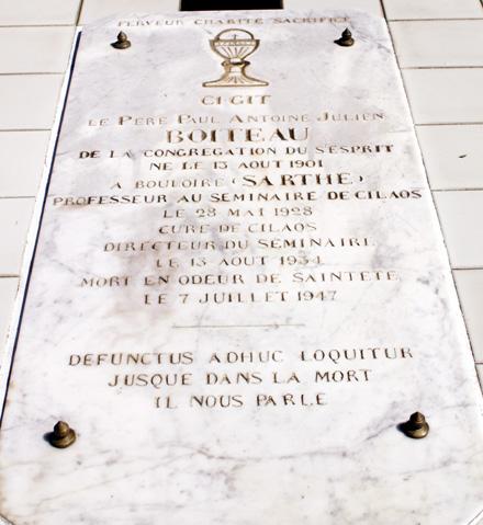 Tombe du Père Julien Boiteau à Cilaos