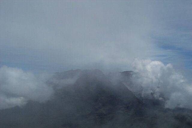 Le Massif du Piton des Neiges vue du Grand Bénare