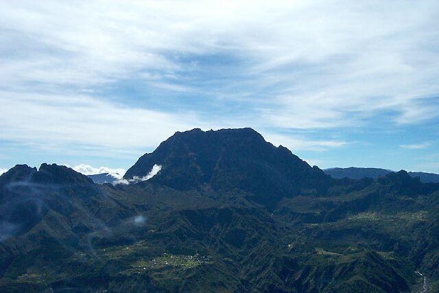 Massif du Piton des Neiges vue du Grand Bénare