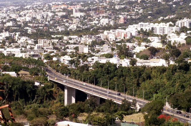 Pont Vinh-San à Saint-Denis La Réunion