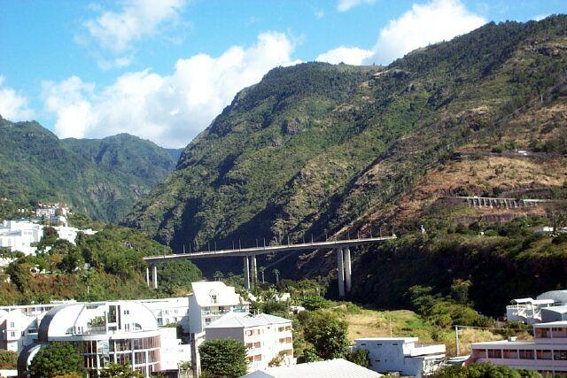 Vue pont Rivière Saint-Denis