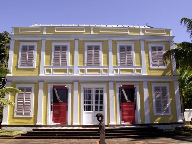 Artothéque 26 rue de Paris Saint-Denis île de La Réunion