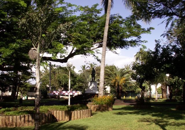 Jardin Hôtel de ville de Saint-Pierre île de La Réunion