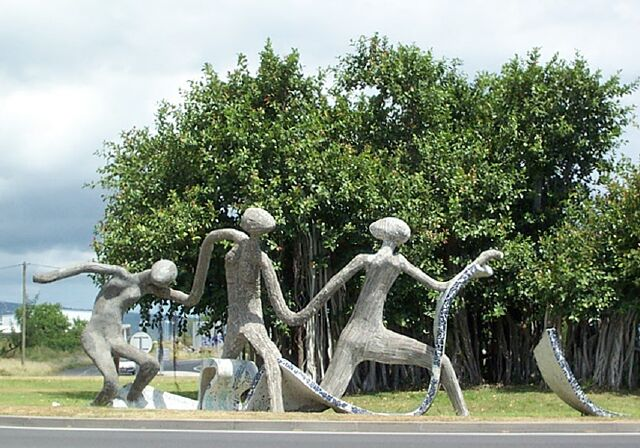 Le Port Rond point des danseuses