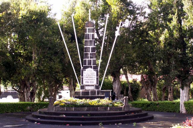 Monument aux morts Plaine des Palmistes