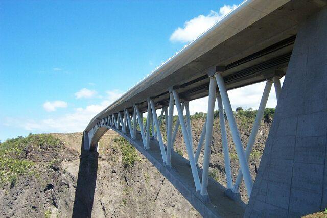 Pont Bras de la Plaine, Entre-Deux