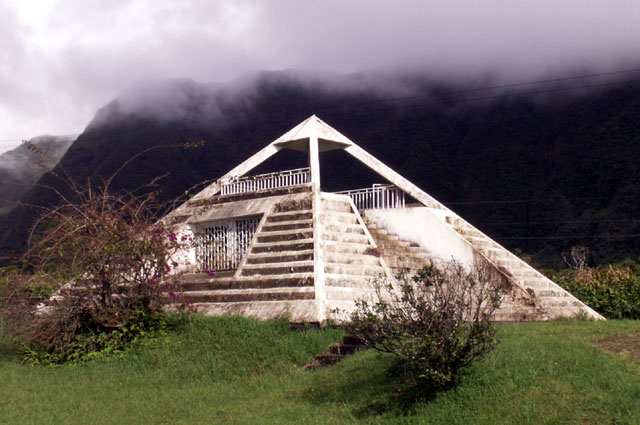 Pyramide Plaine des Palmistes