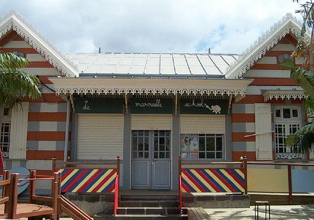 Saint-Denis école