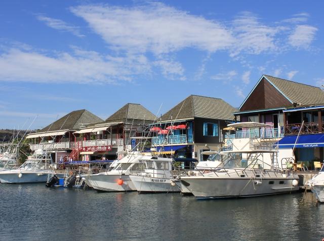 Saint-Gilles-les-Bains Le Port