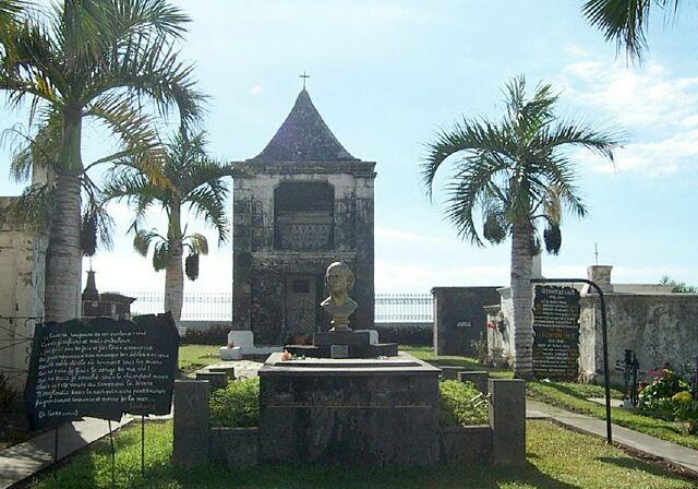 Saint-Paul, cimetière Marin, tombe de Leconte delisle