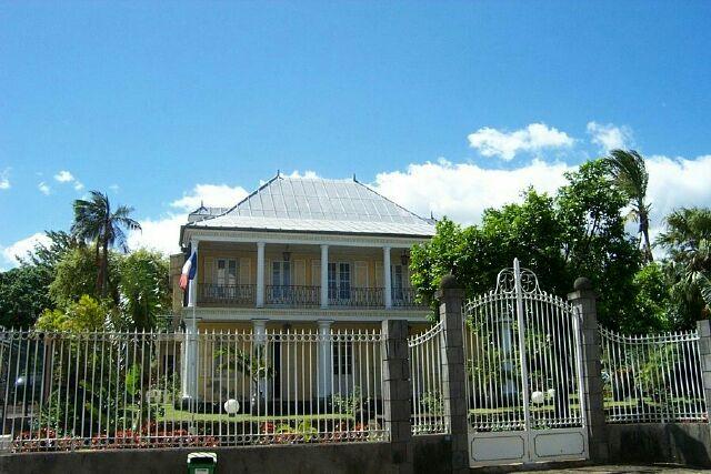 Villa Motais de Narbonne Sous-Préfecture de Saint-Pierre