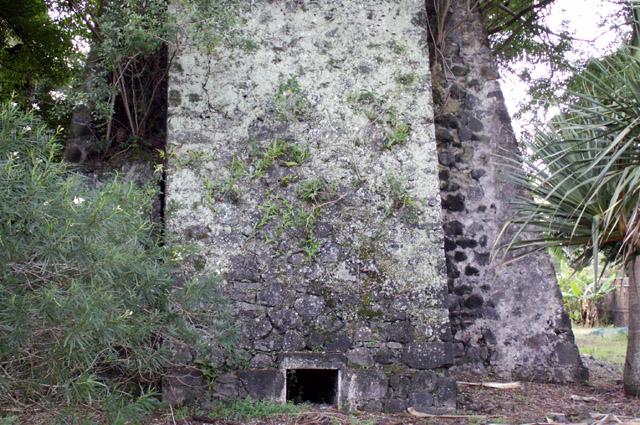 Cheminée ancienne usine sucrière de Langevin