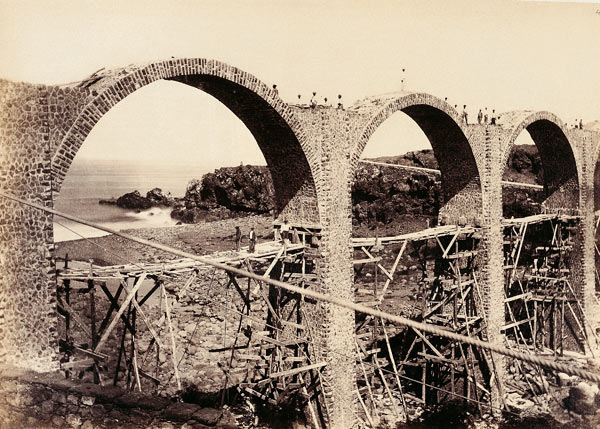 Construction viaduc de La Petite Ravine