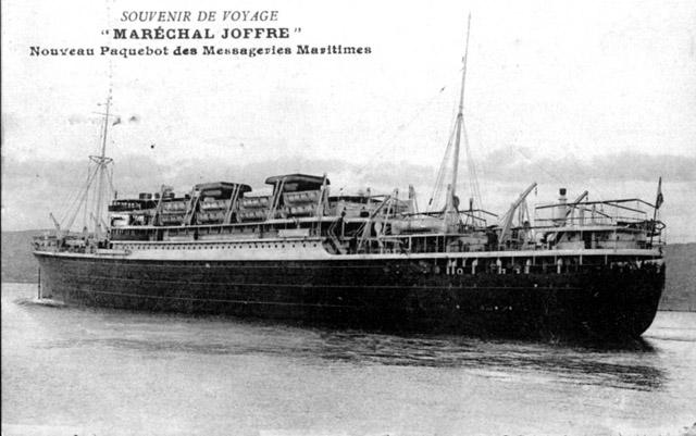 Paquebot Maréchal Joffre de la Compagnie des messageries maritimes assure la ligne de l'Océan Indien
