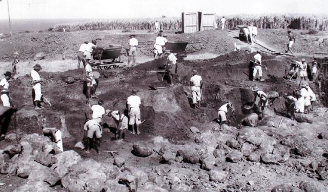 Travaux de la centrale EDF de Saint-Pierre en 1951
