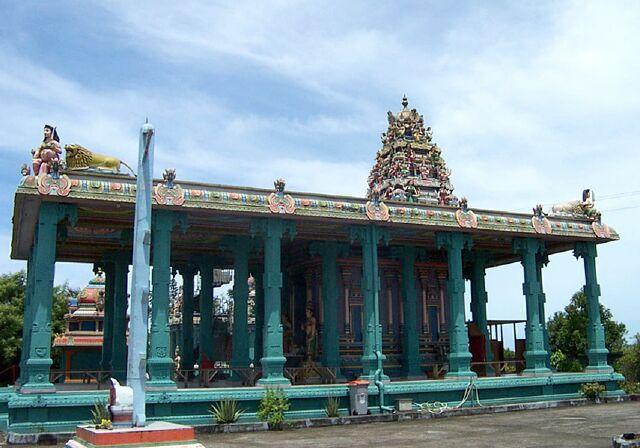 Bois-Rouge temple