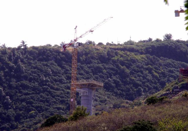 Viaduc Ravine des Trois Bassins Photo du 18 août 2006.