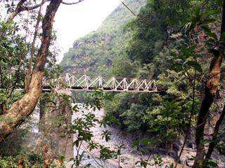 Randonnée les Gorges Arche Naturelle cascade Bras de la Plaine.