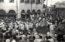 8 mai 1945 : Fête de la Victoire à Saint-Denis de La Réunion.