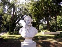 Buste de Pierre Poivre jardin de l'État Saint-Denis La Réunion.