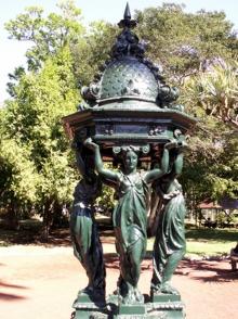 Fontaine Wallace jardin de l'État Saint-Denis La Réunion.