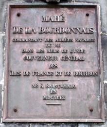 Bas-relief : Statue Mahé de La Bourdonnais Saint-Denis La Réunion.