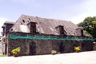 Hôtel des Postes Saint-leu La Réunion.