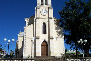Église Sainte-Thérèse d'Avila La Saline-les-Hauts.
