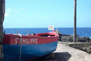 Canot marine de Saint-Philippe La Réunion.