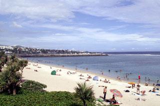 La plage de Saint-Pierre Hotel_alize_plage_01