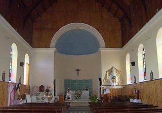 Intérieur de l'église de Sainte-Rose
