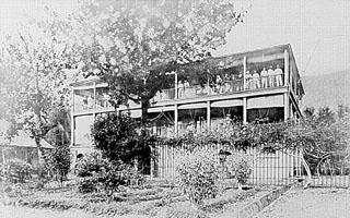 Photo : Hôpital Militaire d'Hell-Bourg. Cliché : Pierre étienne Cuinier.
