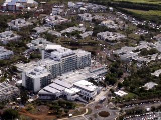 Hôpital Paul-Alfred Isautier ou Hôpital de Terre Rouge Saint-Pierre La Réunion.