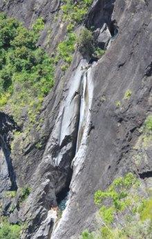 Canyon Fleur Jaune cilaos La Réunion.